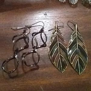 Jewelry - Leaf and spiral earrings